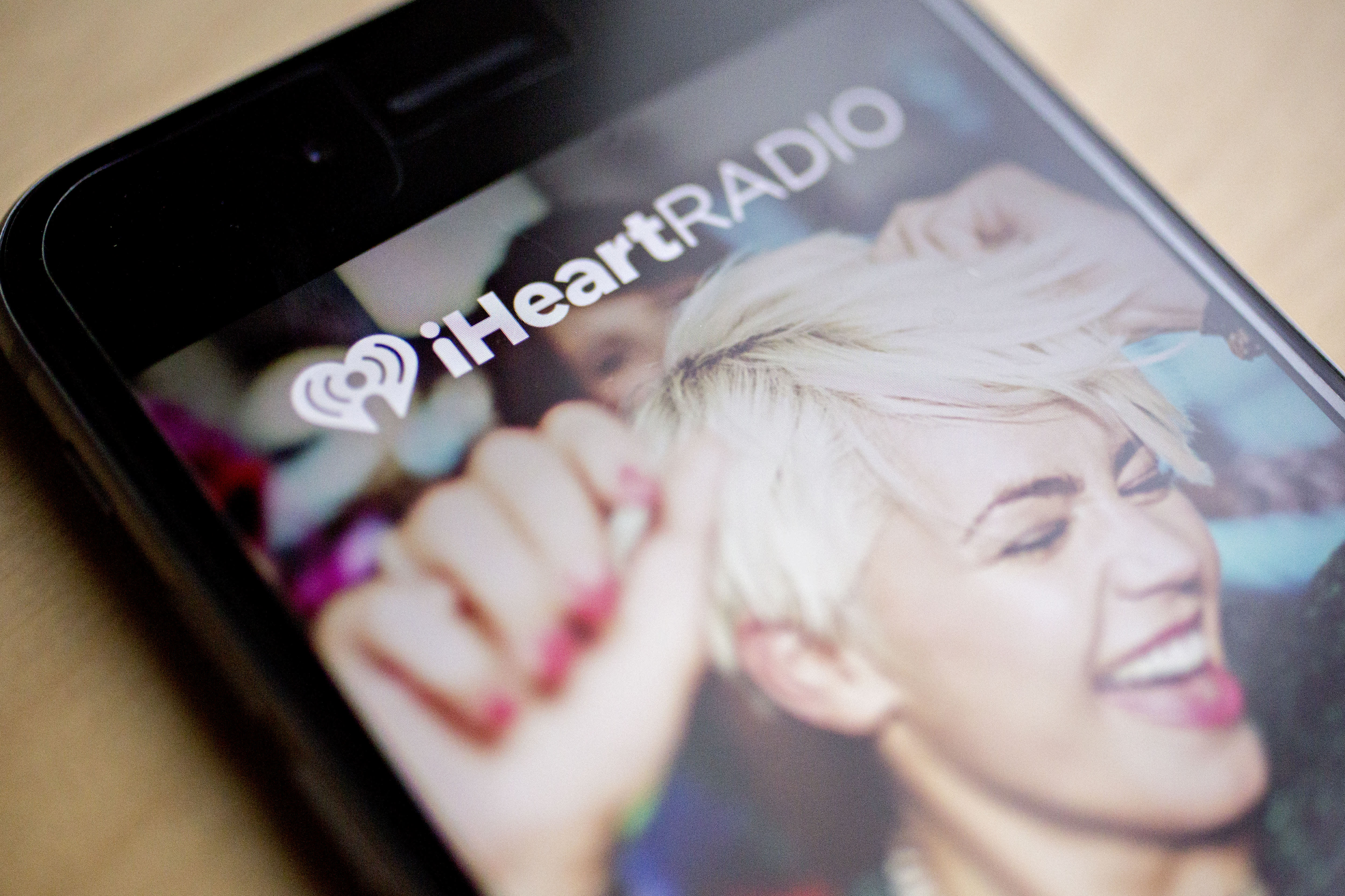 Apple considers buying stake in bankrupt iHeartMedia, FT reports