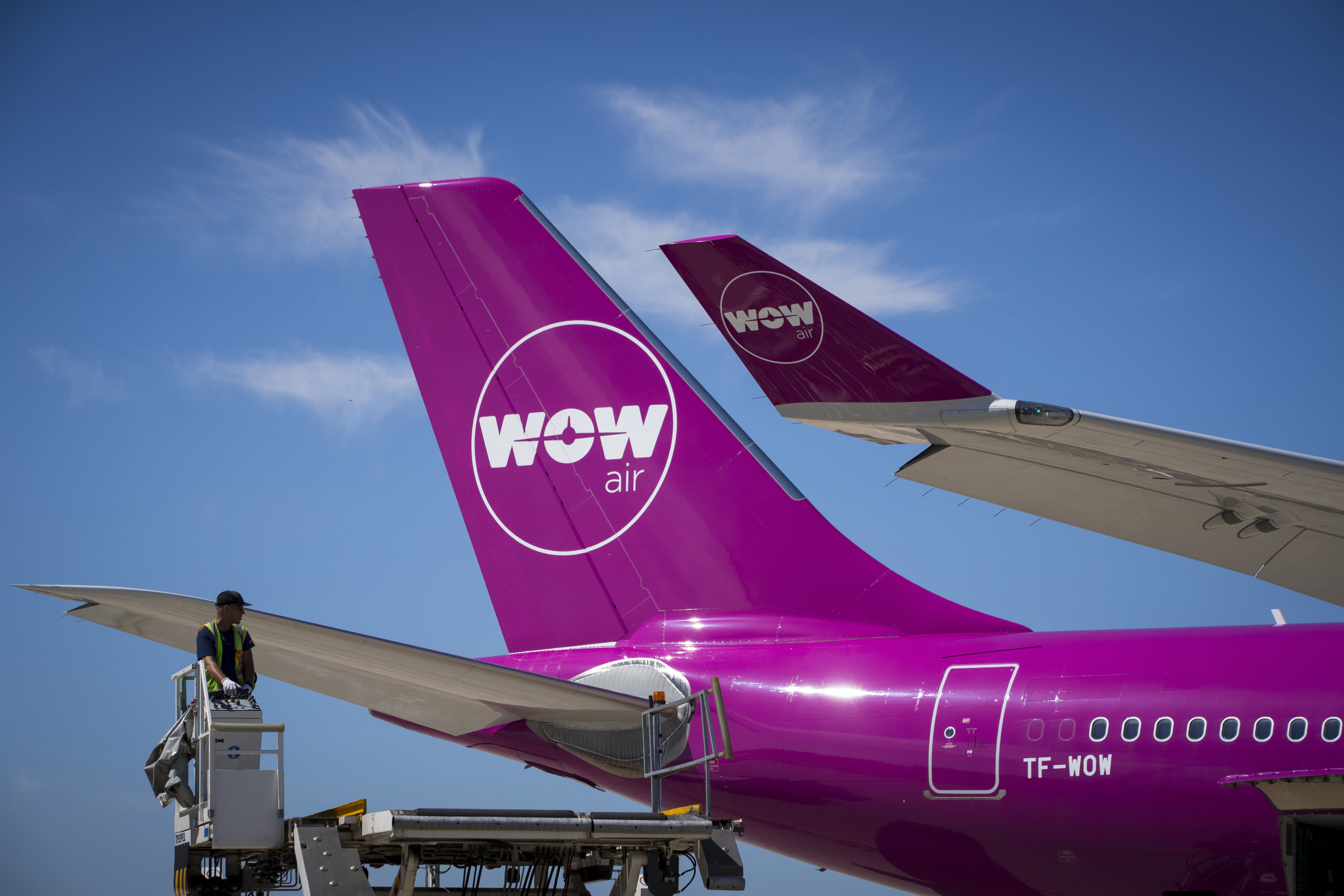 Iceland's low-cost airline Wow Air just collapsed on lirr route map, conrail route map, world airline route map, path route map, hudson route map, staten island ferry route map, iran air route map,