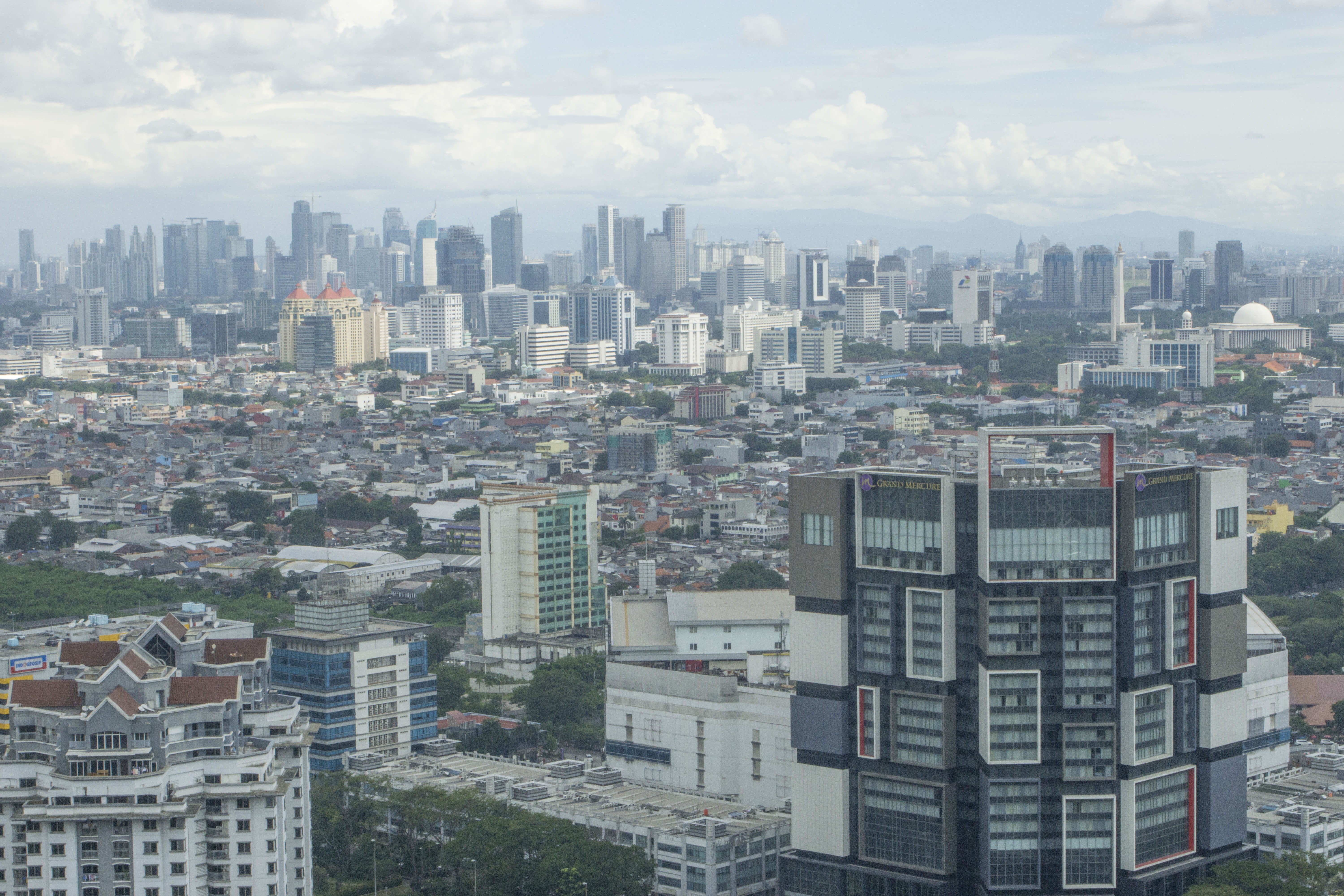 Indonesia Plans To Move Its Capital From Jakarta Heres Why