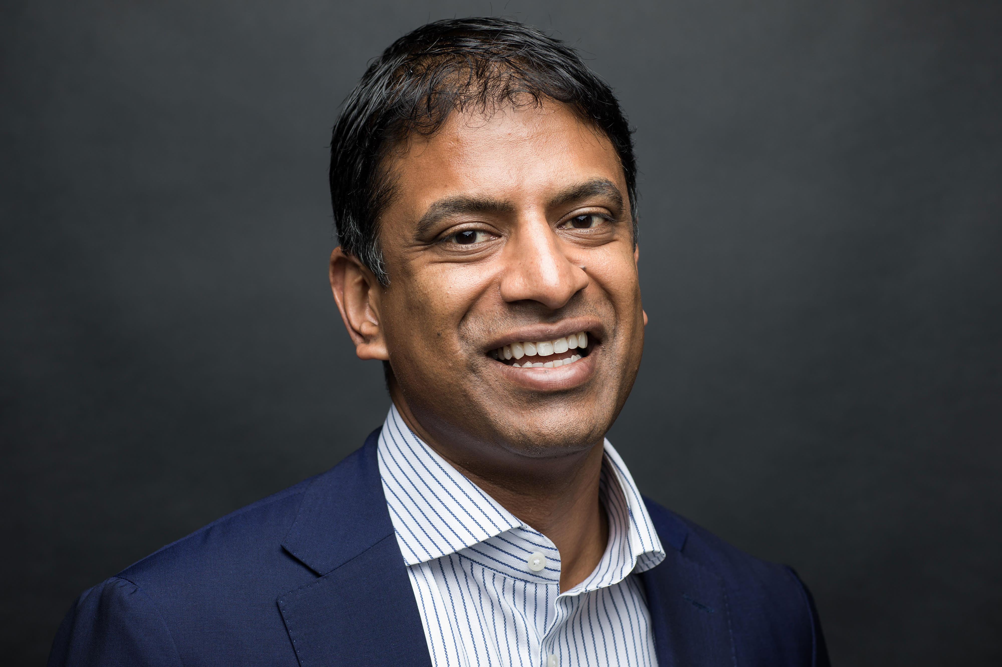 Commentary: Novartis CEO: Gene therapy offers hope of cures in one treatment, but US needs new pricing and payment model