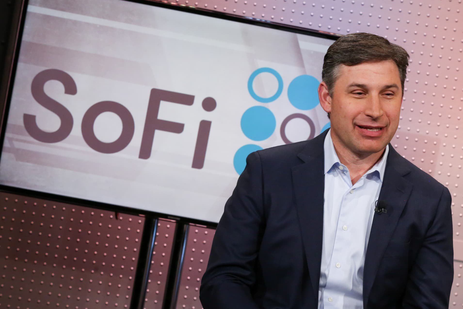 CBNC: Anthony Noto, CEO of SoFi MM 181129 3