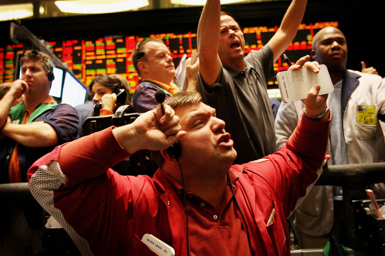 'The bond phenomenon of 2019' isn't over yet, says trader