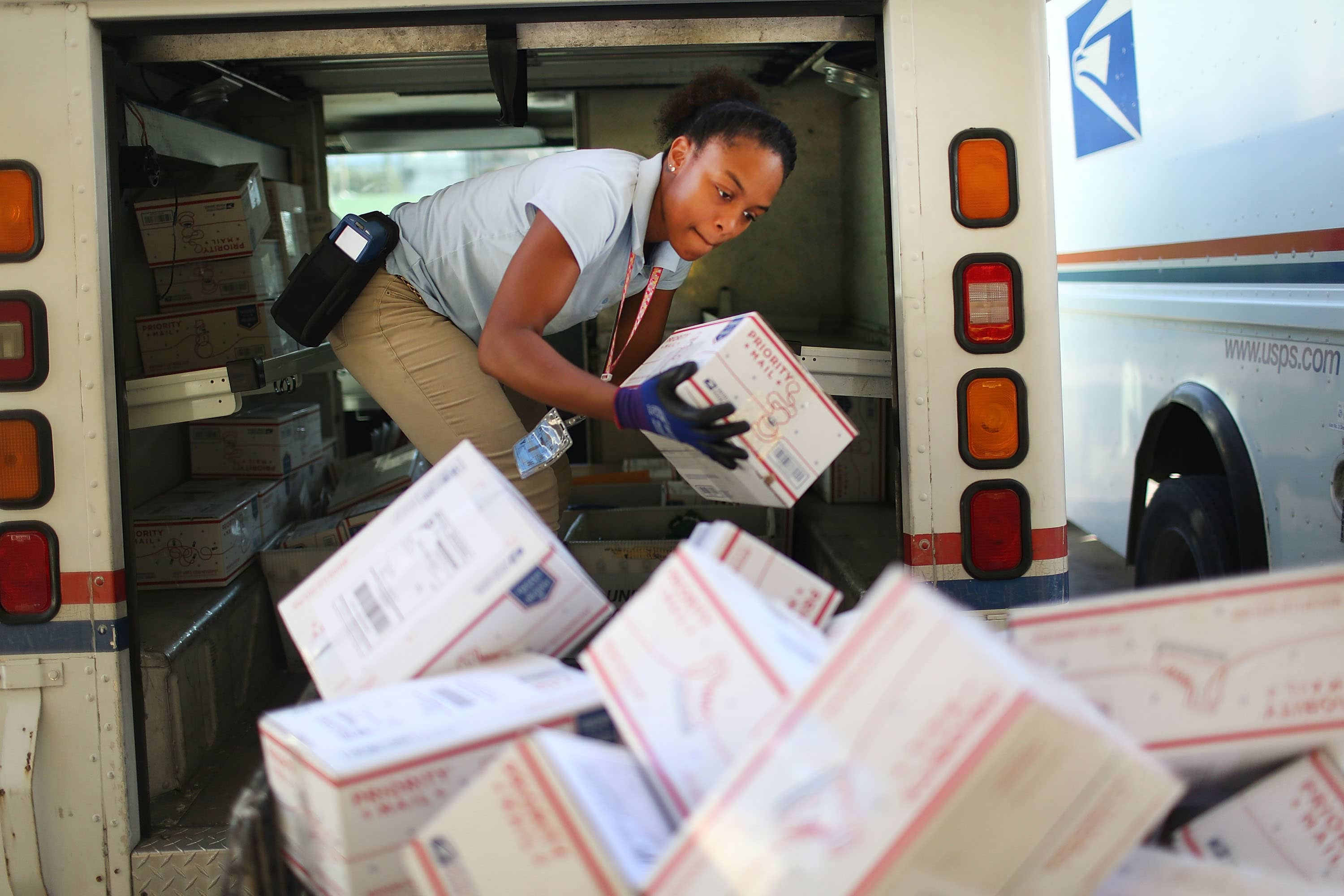 Global postal group reaches deal to avoid US withdrawal