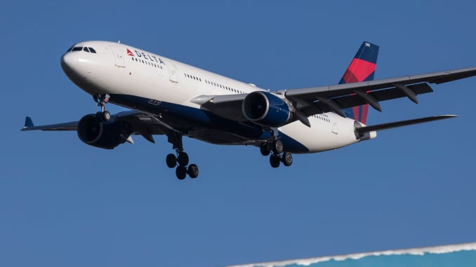 Delta tests out offering most restrictive tickets to