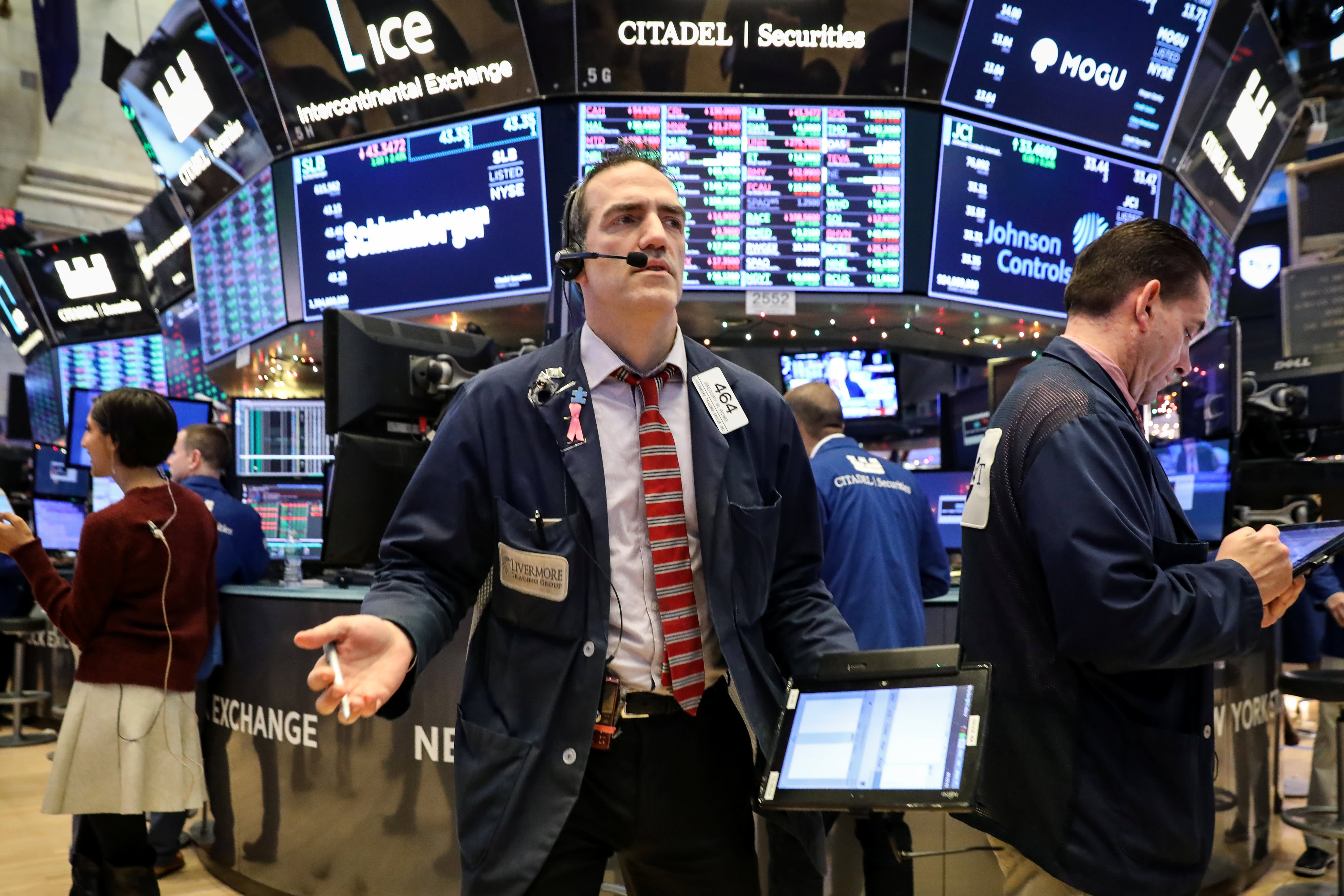 Stock Market Live Monday Dow Drops 13 Trump Says Recession Possible