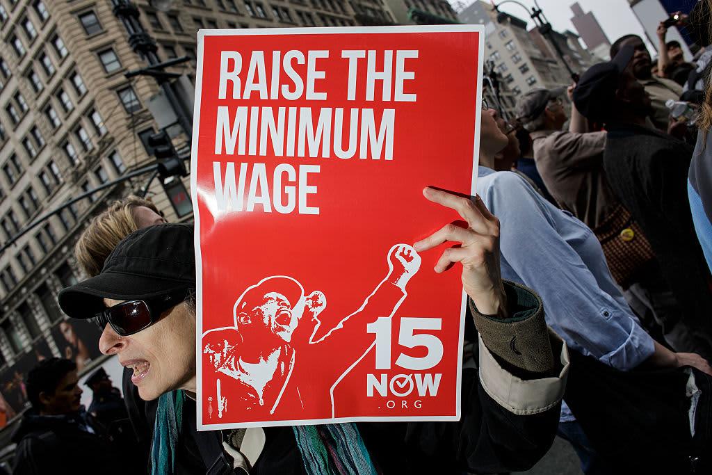 Democrats introduce bill to hike minimum wage to $15 per hour