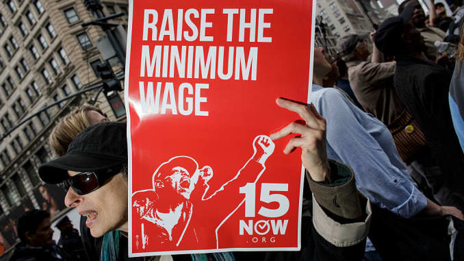 Democrats introduce bill to hike minimum wage to $15 per hour