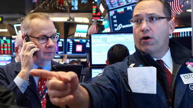 RT: Traders NYSE 181214