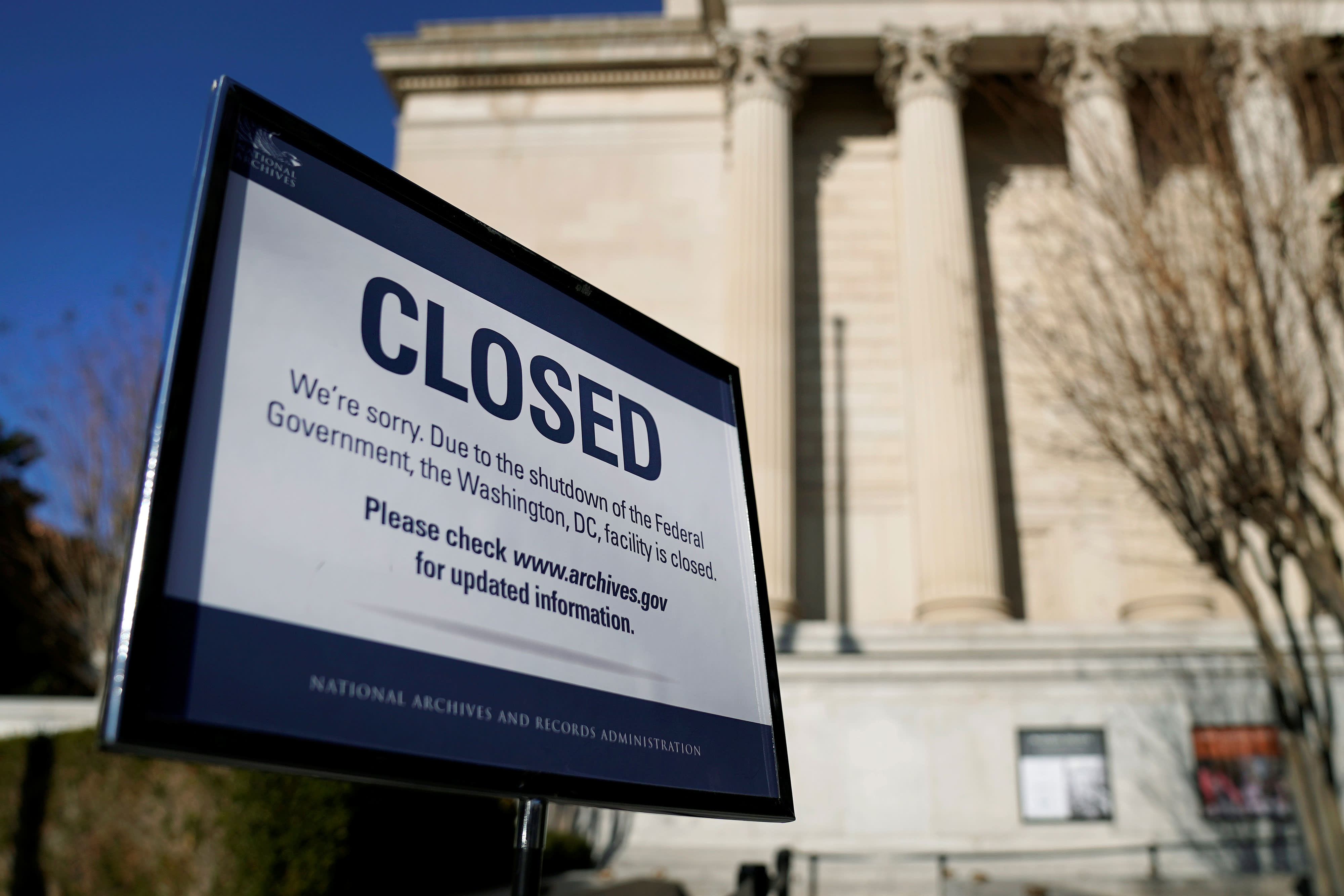 Does government shutdown affect food stamps