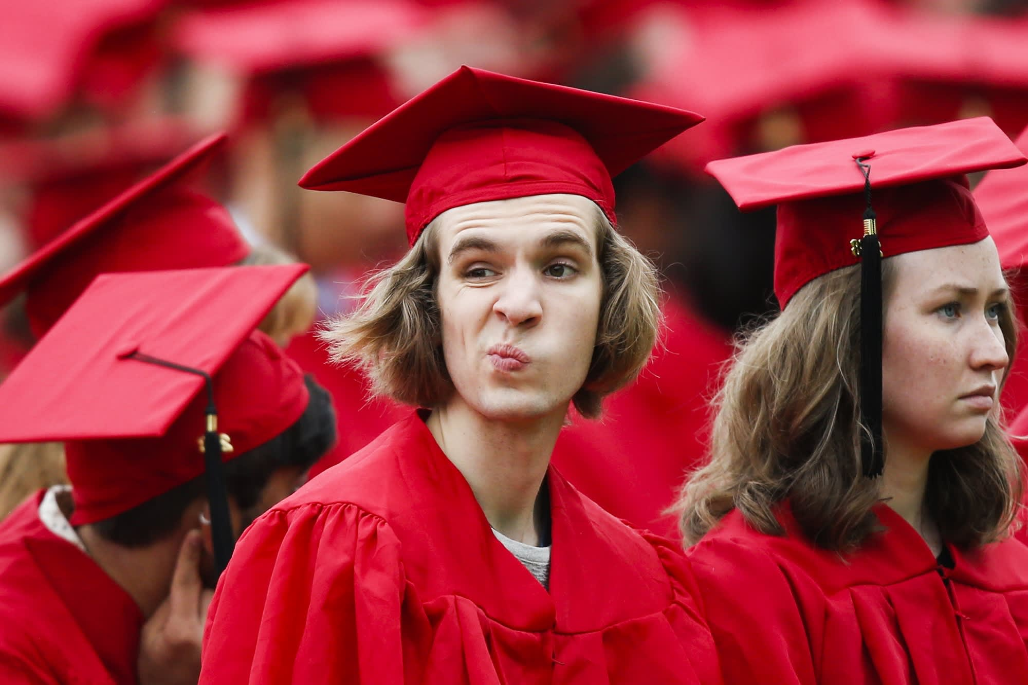 US student debt levels set a new record in 2018—here's how much the typical borrower owes