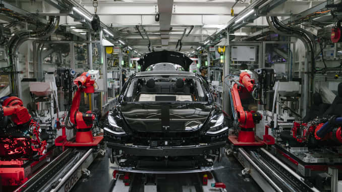 Tesla's new year not off to a very happy start