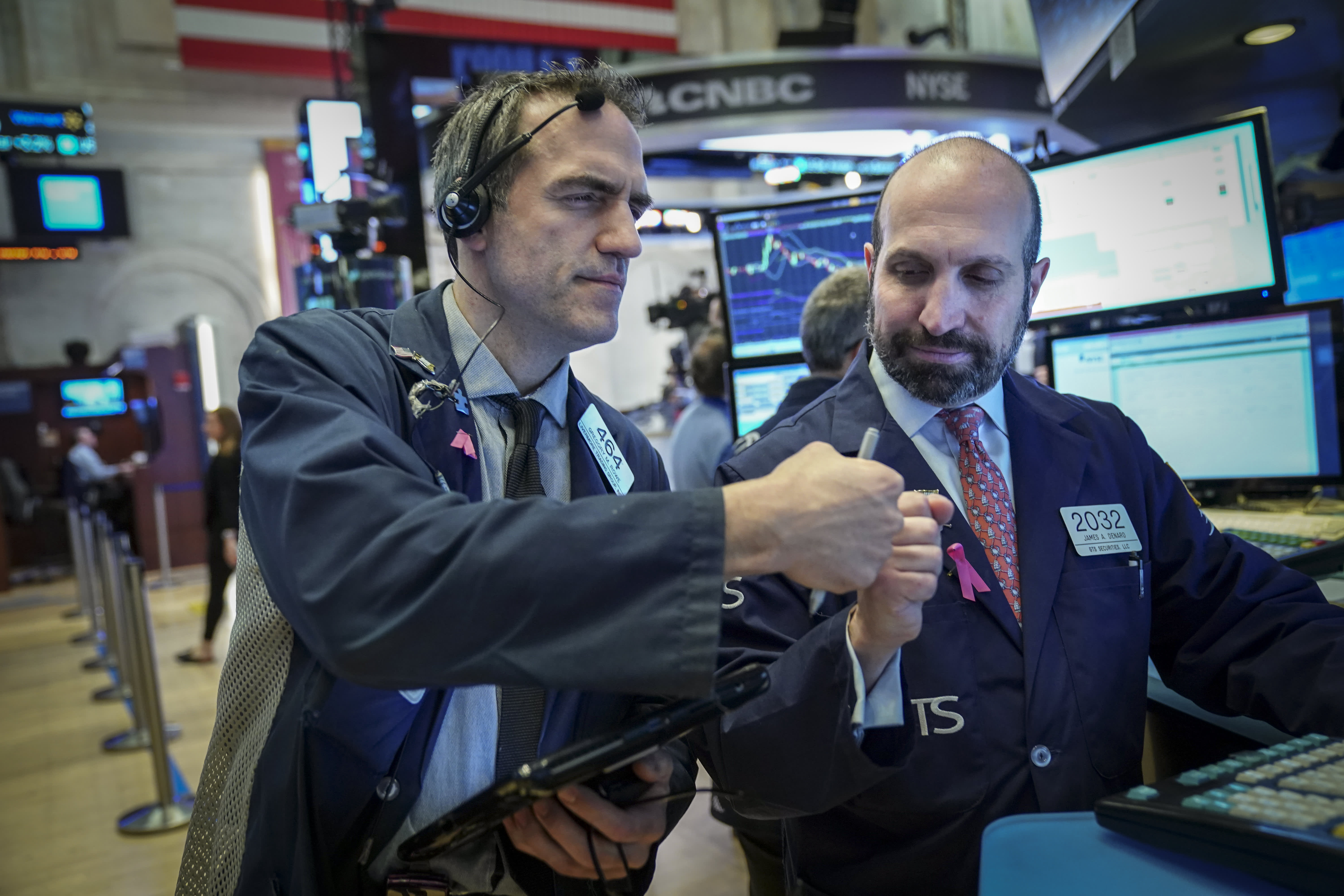 GP: Traders fist pump positive markets Stock Markets Open One Day After Steep Drop Over Apple's Revised Forecast