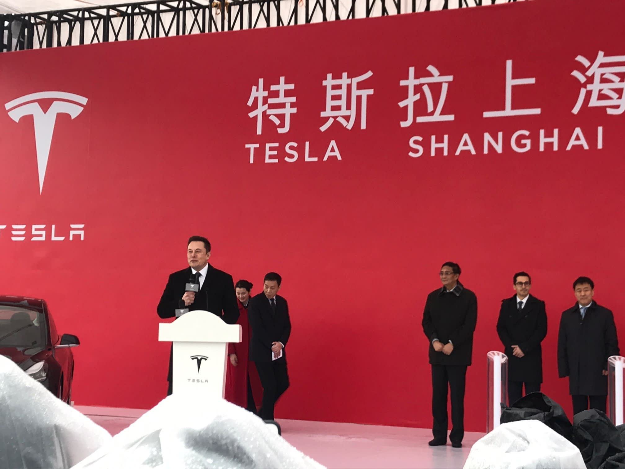 Jim Cramer: Tesla's success is reminiscent of Amazon and Netflix