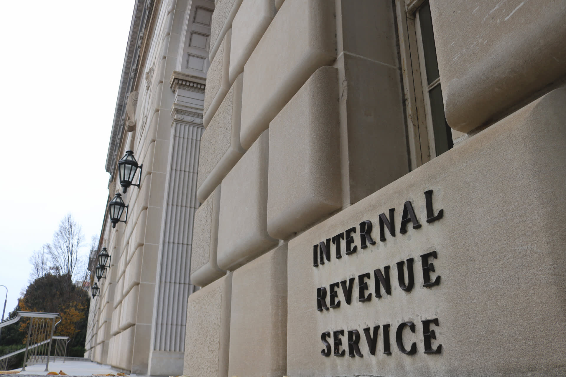 How to maximize federal tax refund take after state