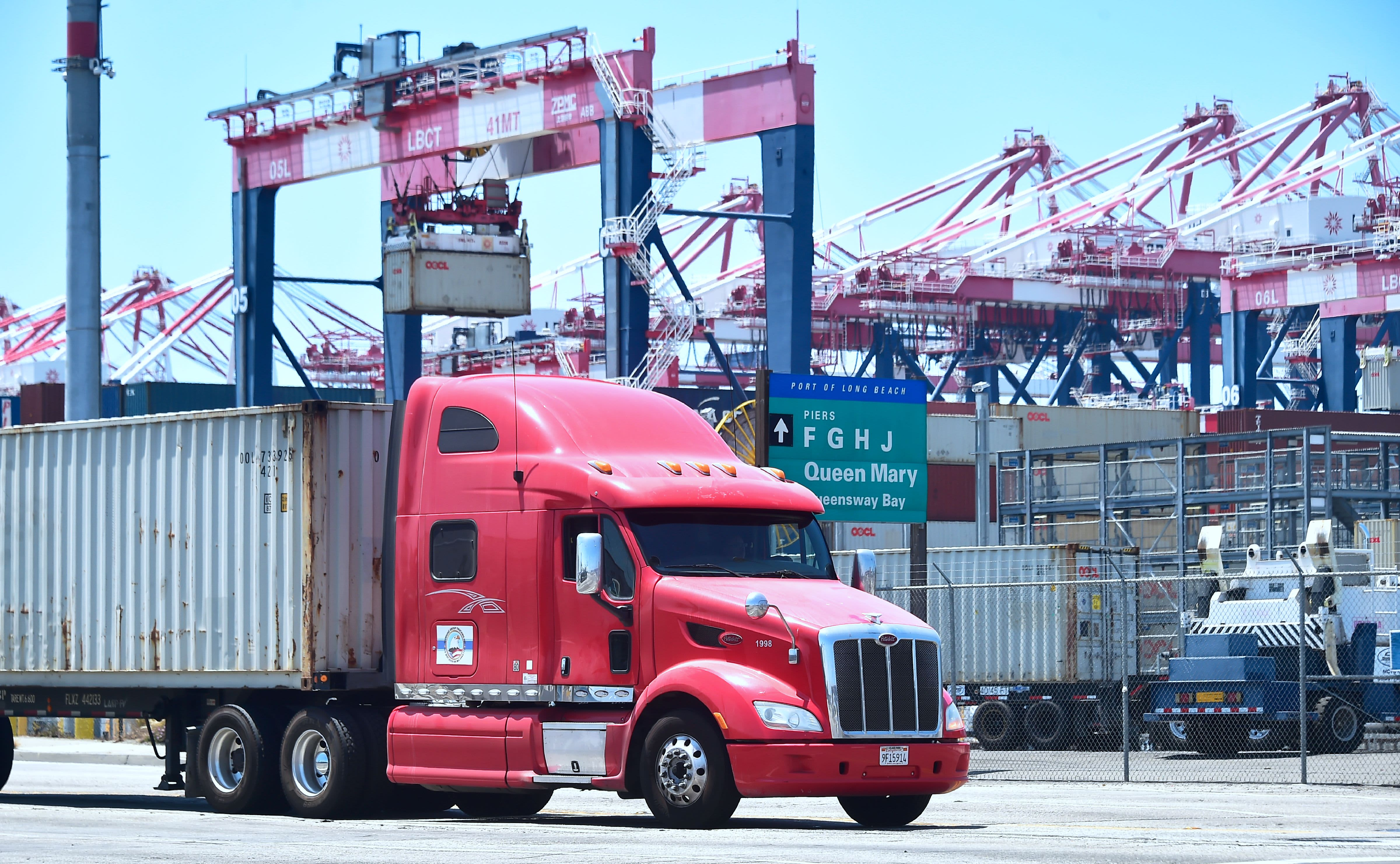 This under-the-radar freight indicator is raising concerns that the U.S. economy is slowing
