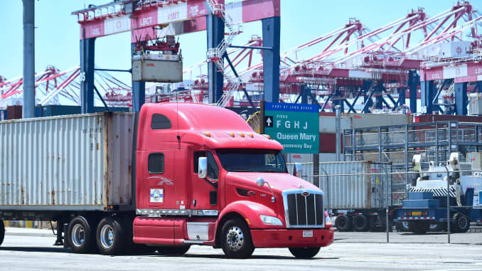 GP: Port of Long Beach Calif. truck shipping trade export import