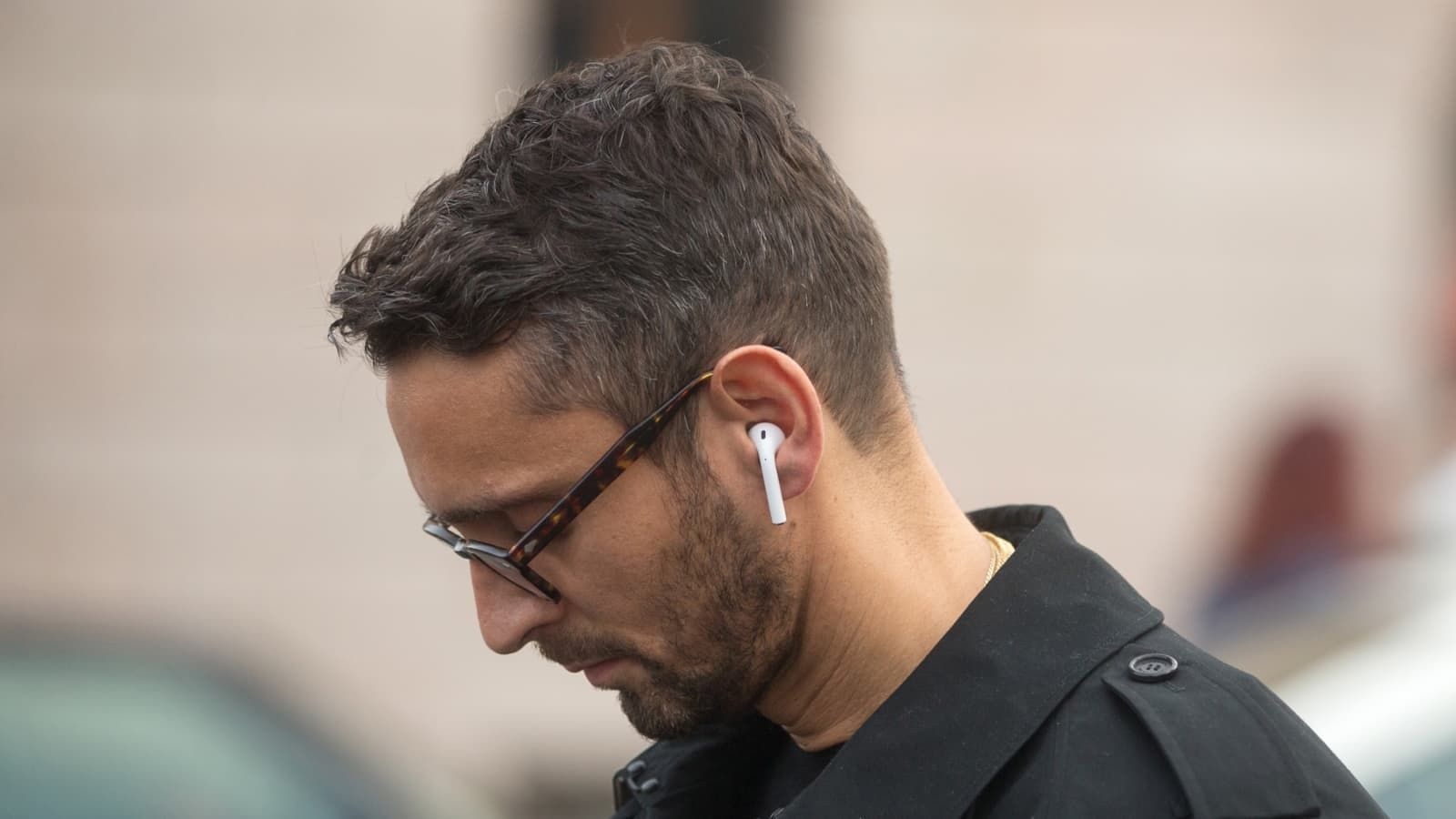 Apple Airpods Tips And Tricks