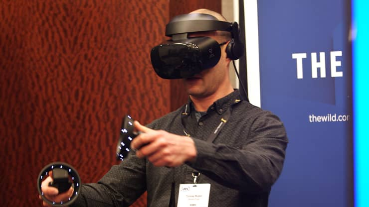 Virtual reality is booming in the workplace amid the pandemic. Here's why
