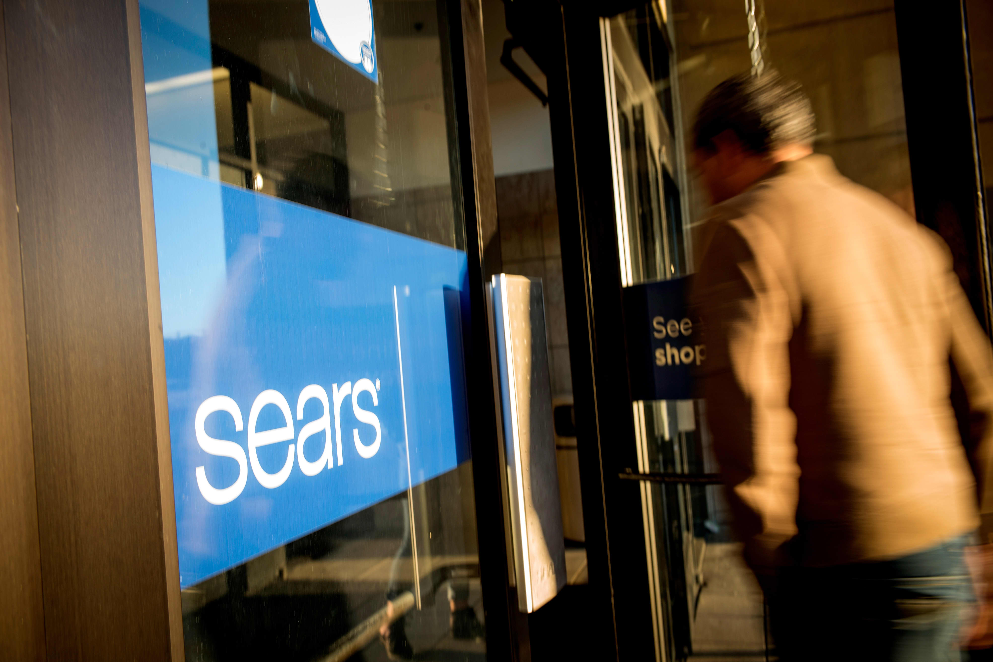Sears owner gets $250 million lifeline, says it will shut 96 more stores—Here's where they are
