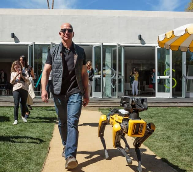 Jeff Bezos MARS dog