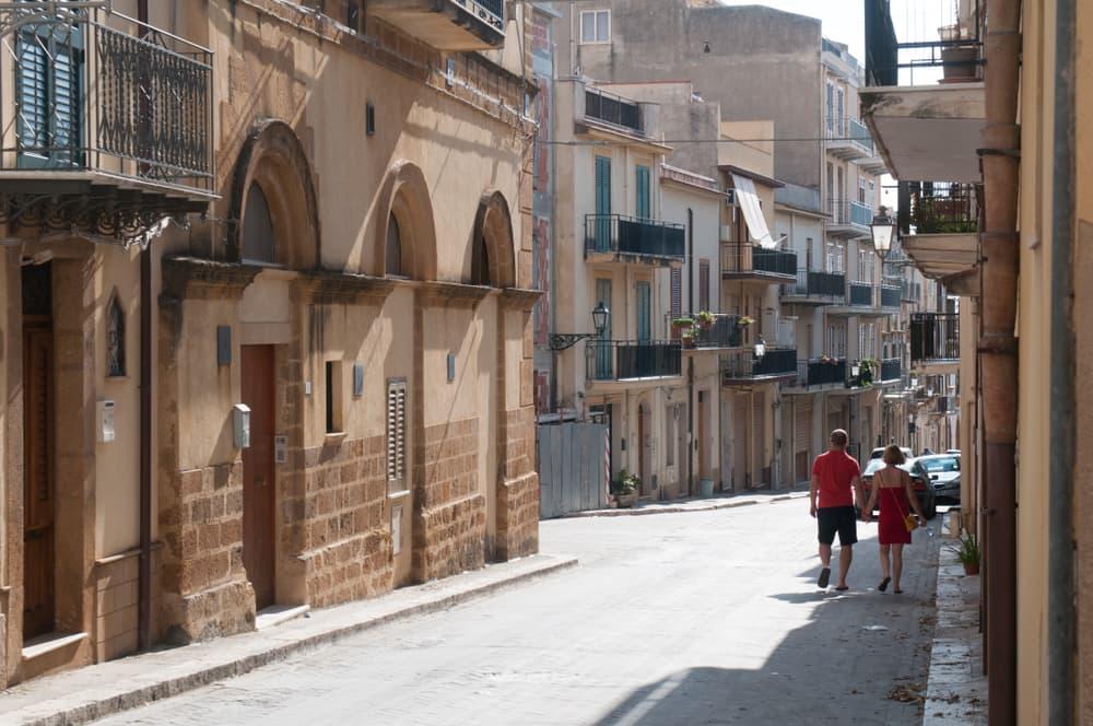 Italian town Sambuca selling homes for $1