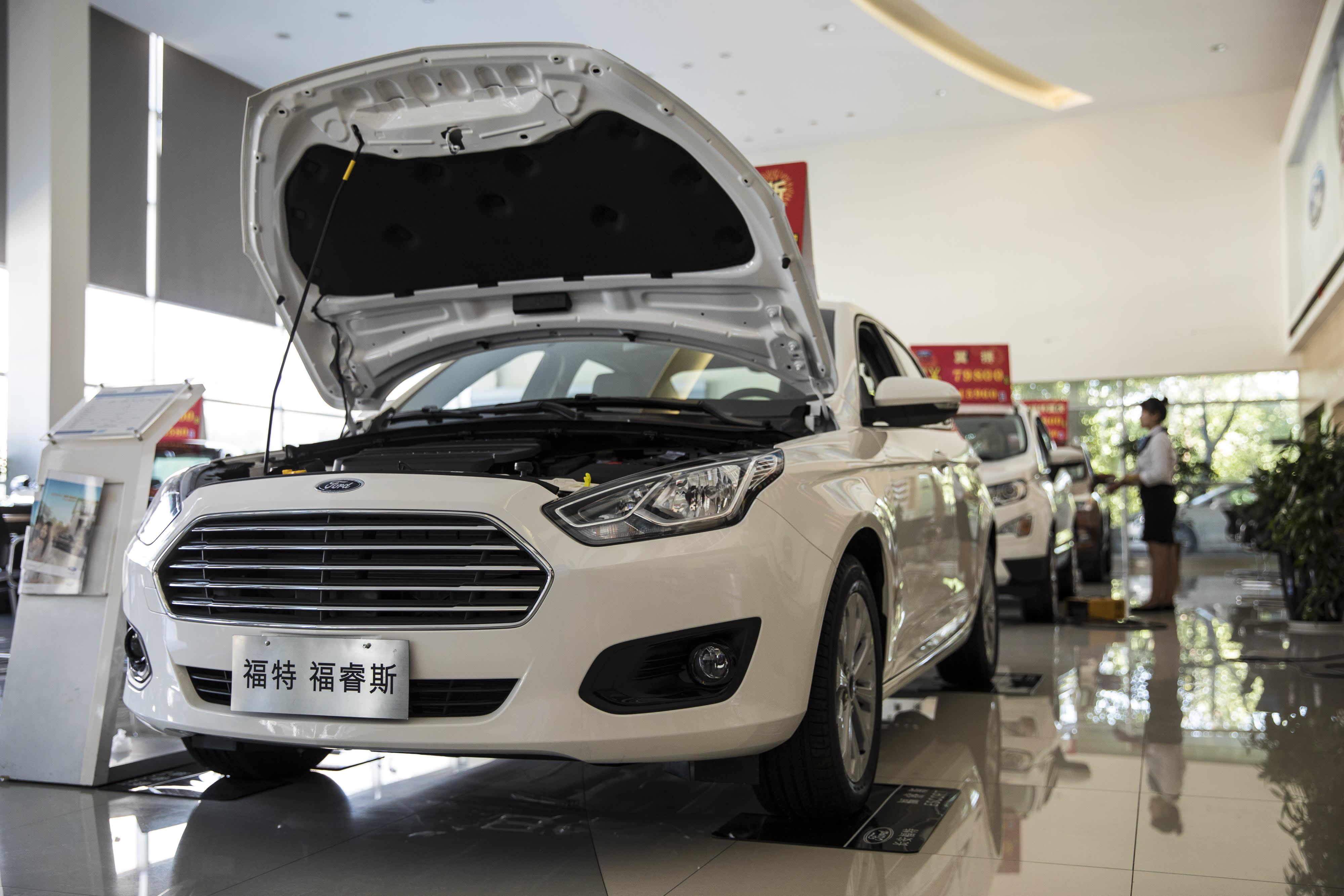 Ford's China sales decline again despite new models
