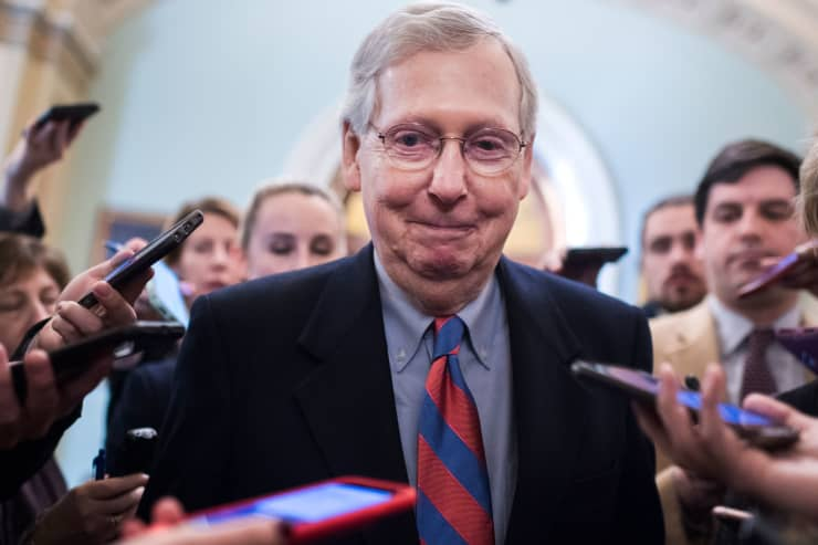 GP: Mitch McConnell smiling with Reporters 190125