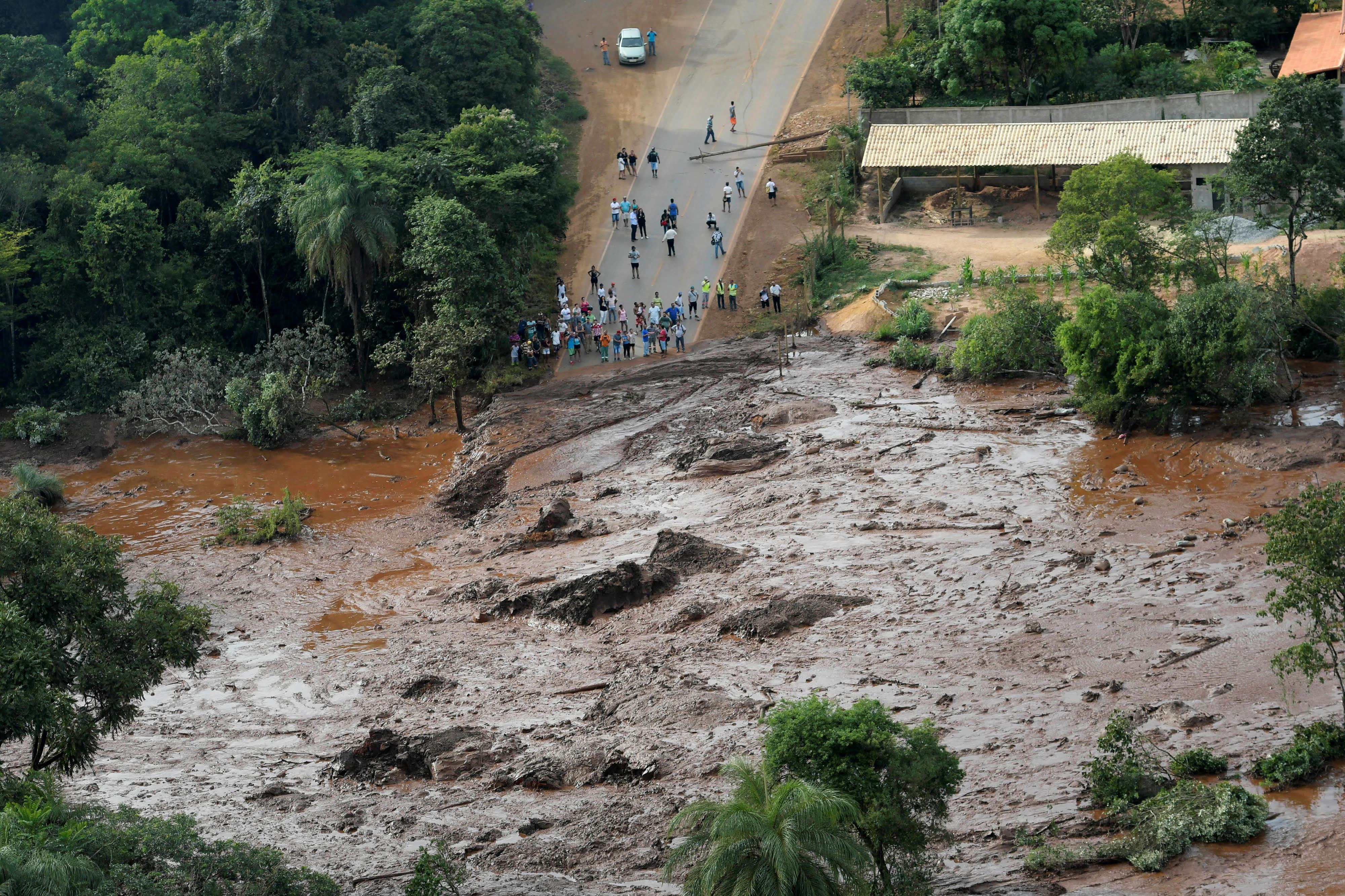 RT: Dam collapse Brazil Vale mine 190125