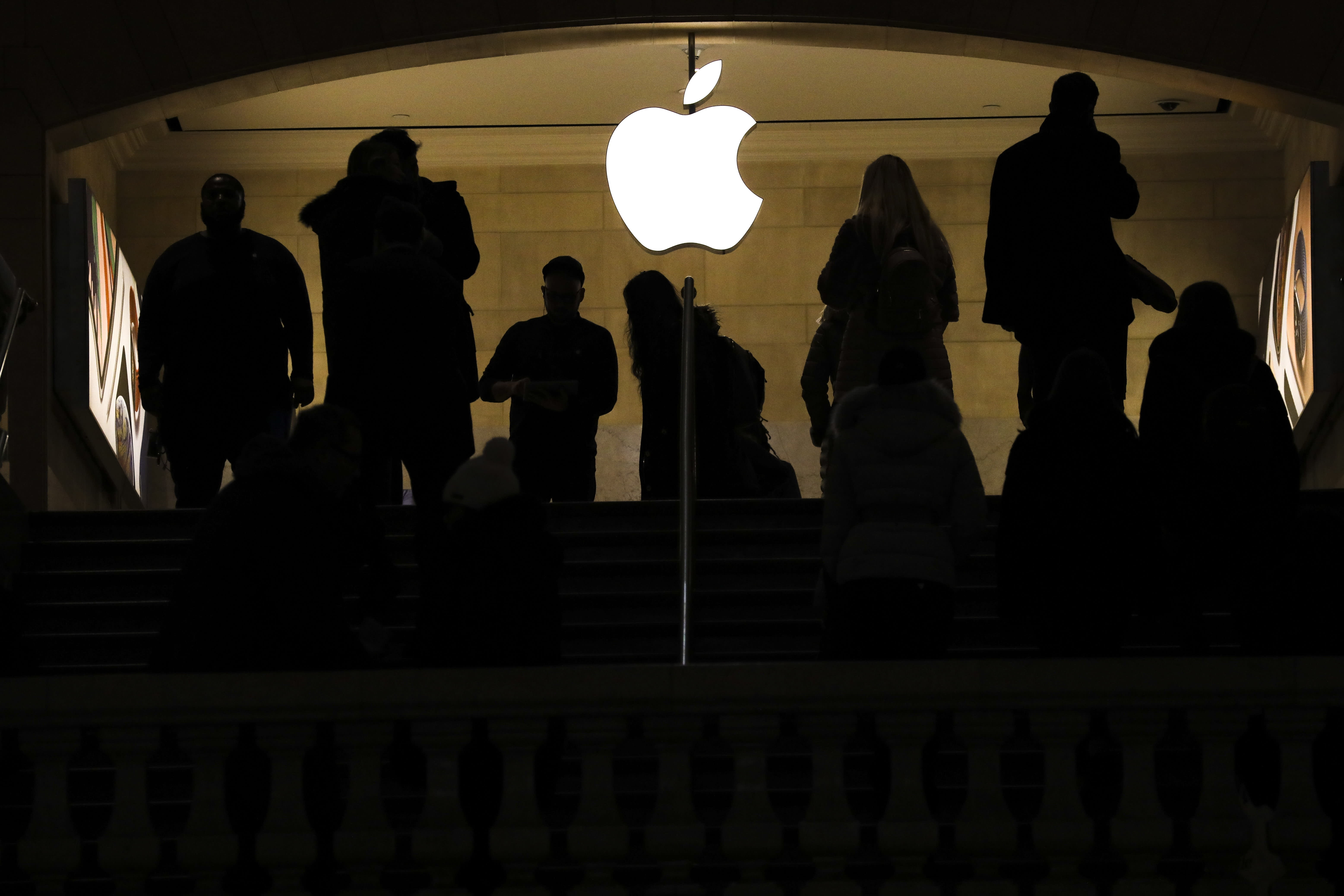 Apple is the 'poster child' for trade tensions and if its stock bounces, so could market - CNBC