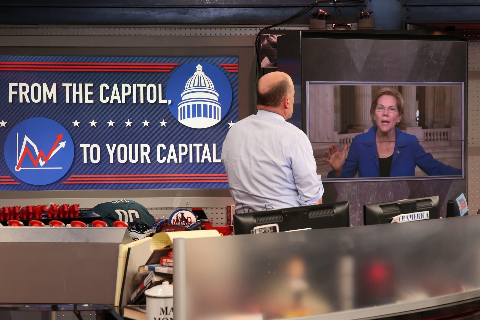 Elizabeth Warren offers to meet with Bill Gates over wealth tax