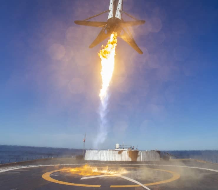 H/O: SpaceX Spaceflight Industries SSO-A booster landing 190201 EC