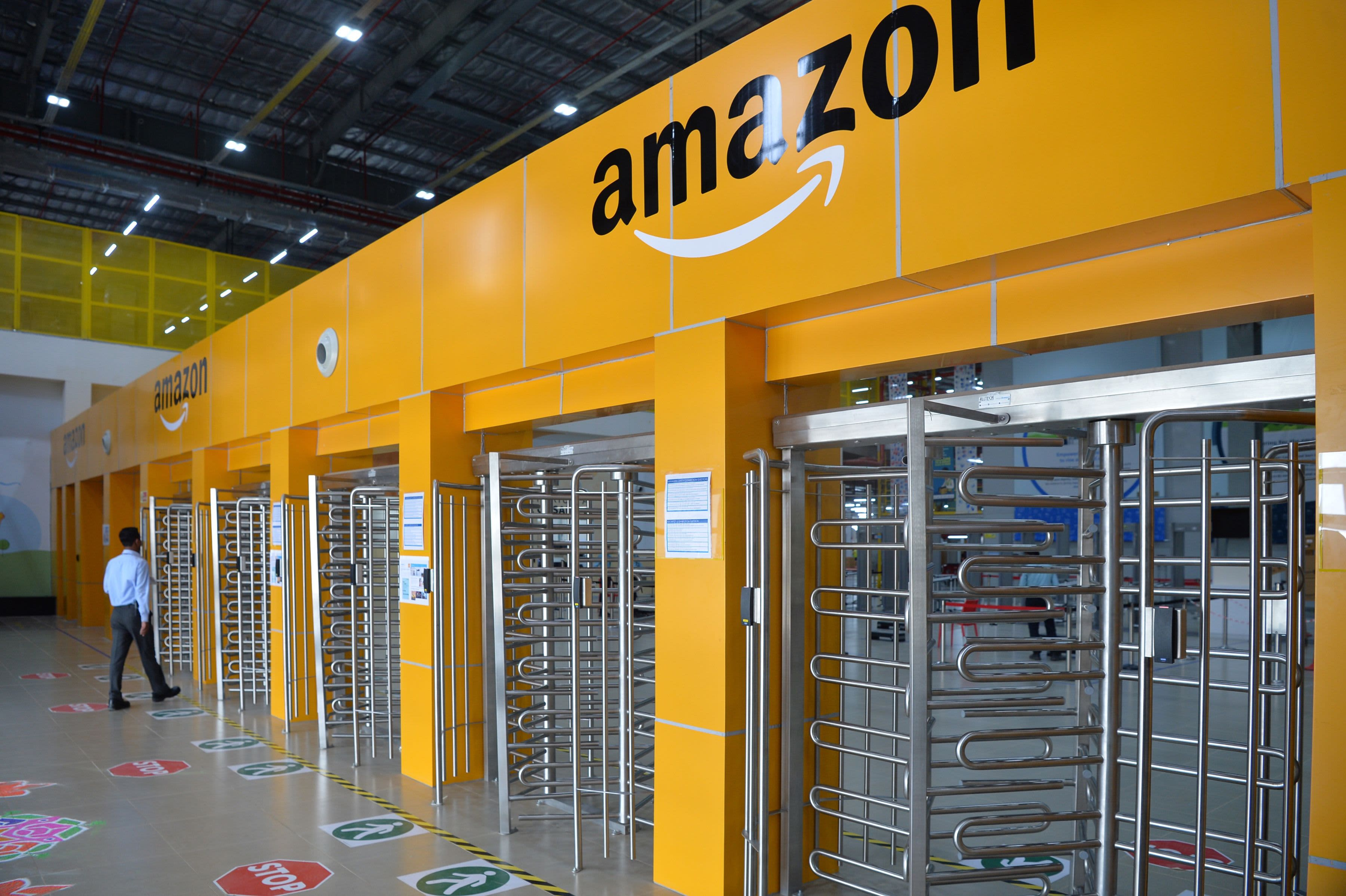 Amazon: How India's e-commerce law will affect the retailer
