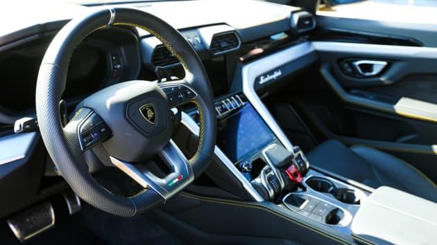 Lamborghini S New 200 000 Suv Boosts Automaker S Sales By 51 In 2018