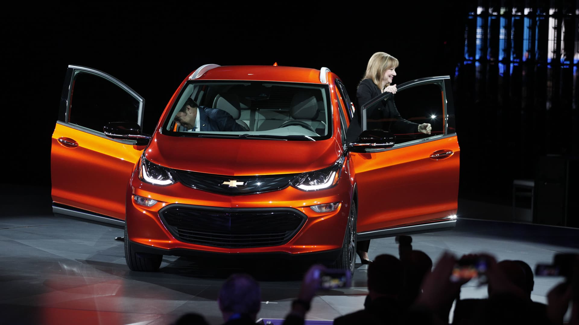 Mary Barra, Chairman and CEO of General Motors, and Mark Reuss, Executive Vice President of GM Global Product Development, reveal the Chevrolet Bolt EVto the news media at the 2016 North American International Auto Show January 11th, 2016 in Detroit, Michigan.