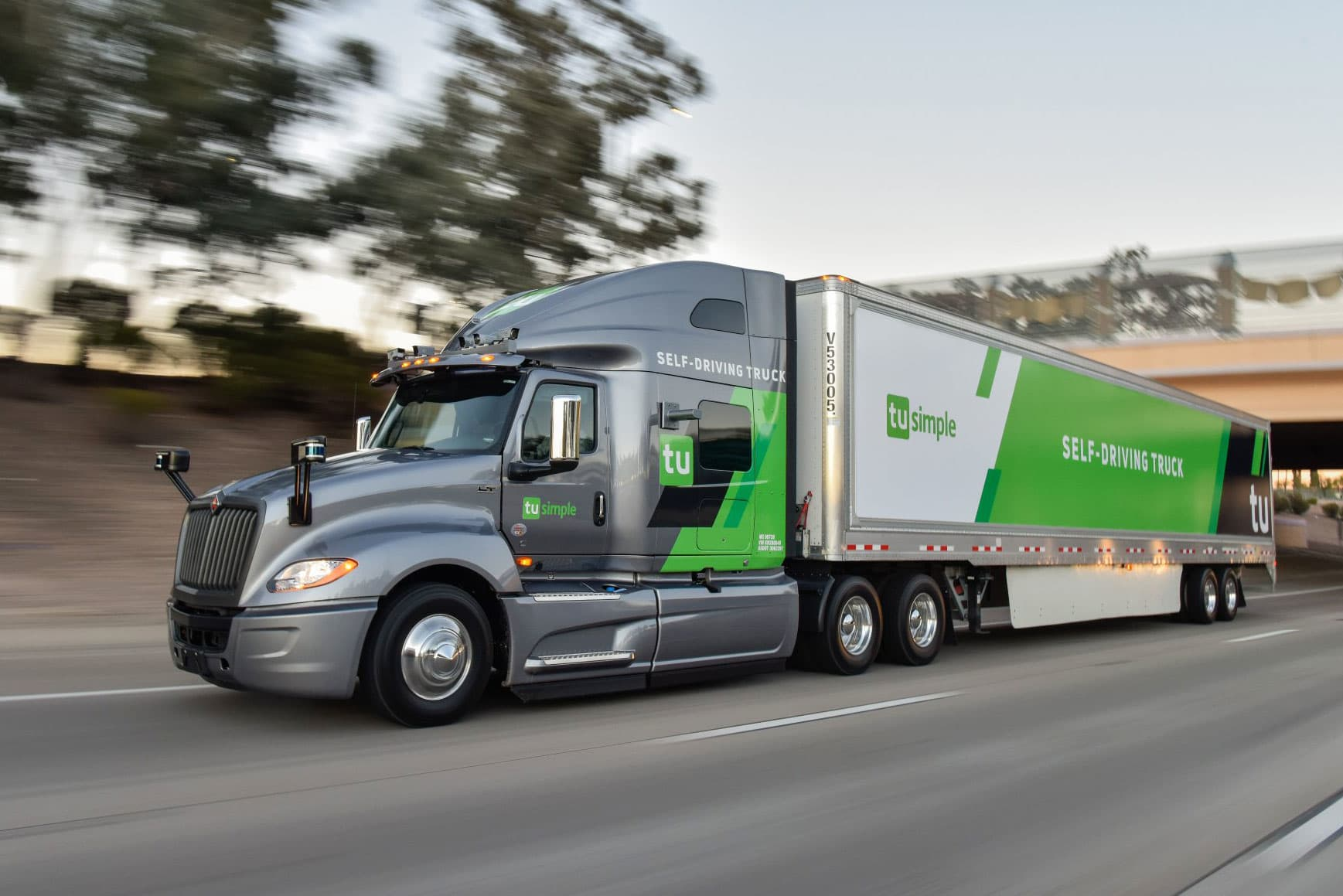 Self-driving trucks likely to hit the roads before passenger cars