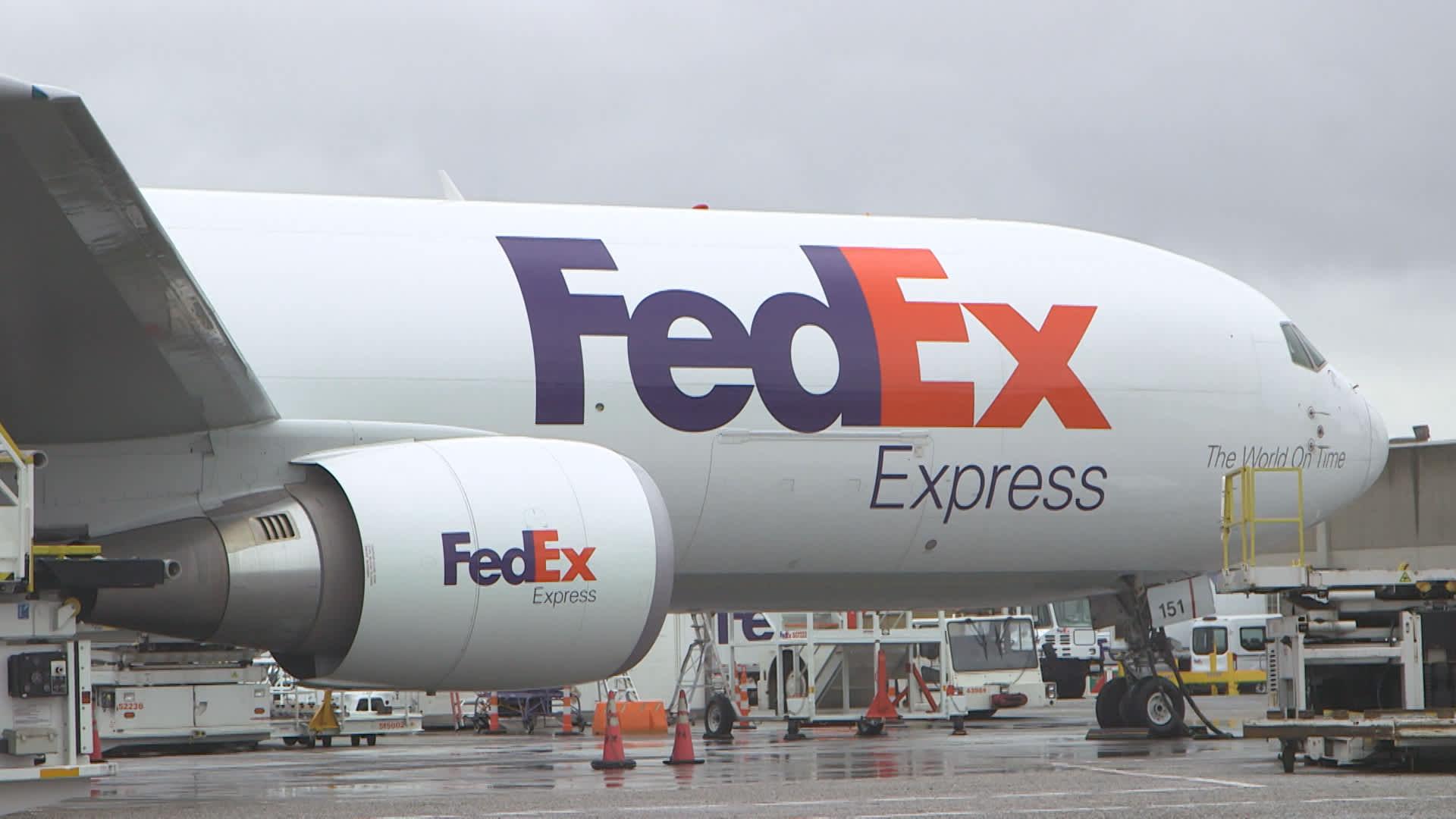 FedEx downgraded by Bernstein: 'Bull thesis has been shredded'