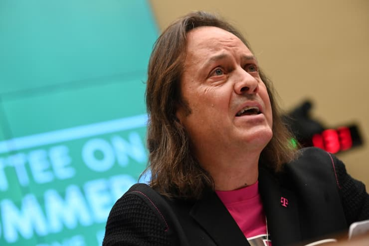RT: John Legere, T-Mobile 190213