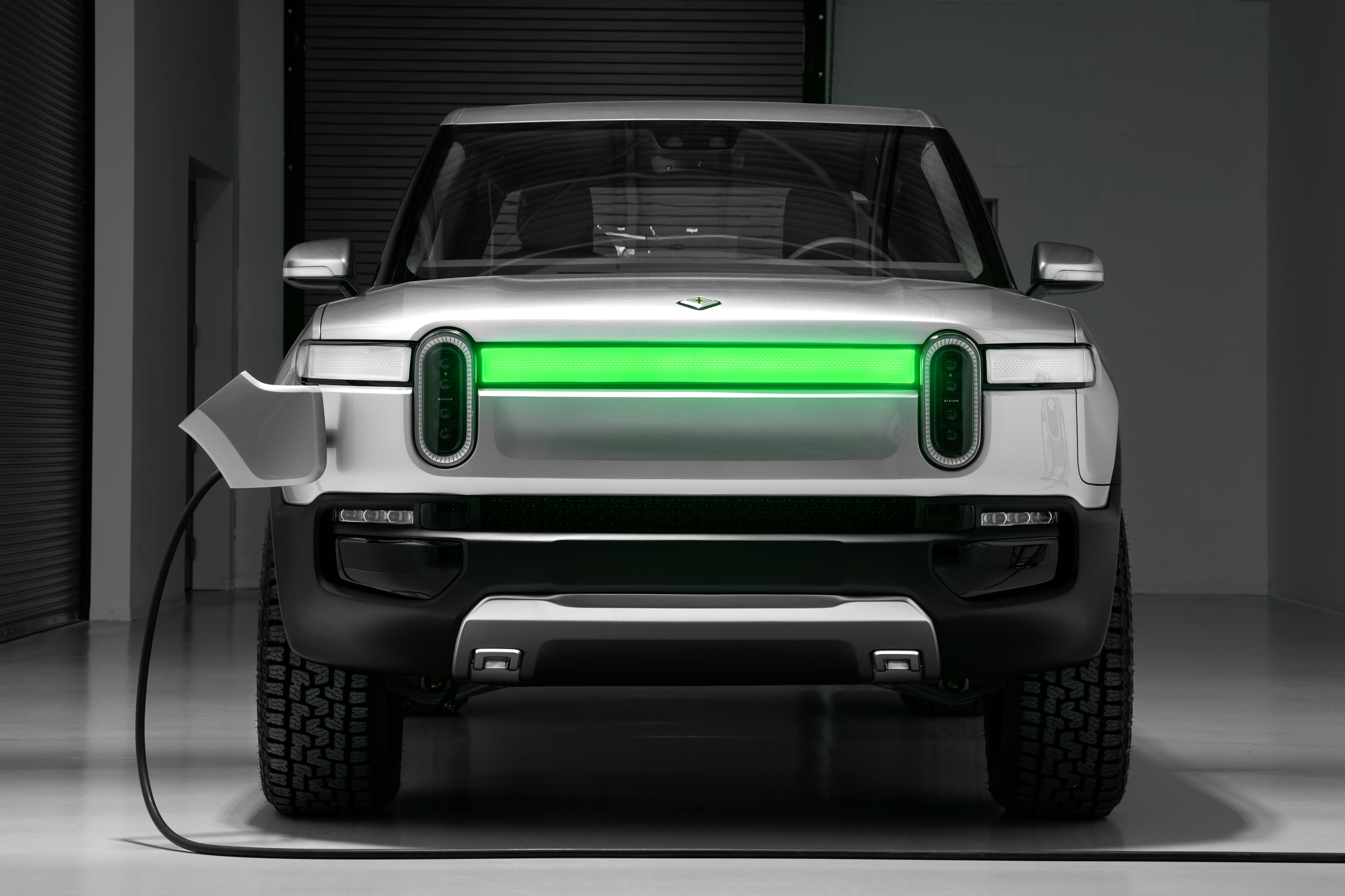 Ford and EV start-up Rivian plan to produce an all-electric vehicle for Lincoln