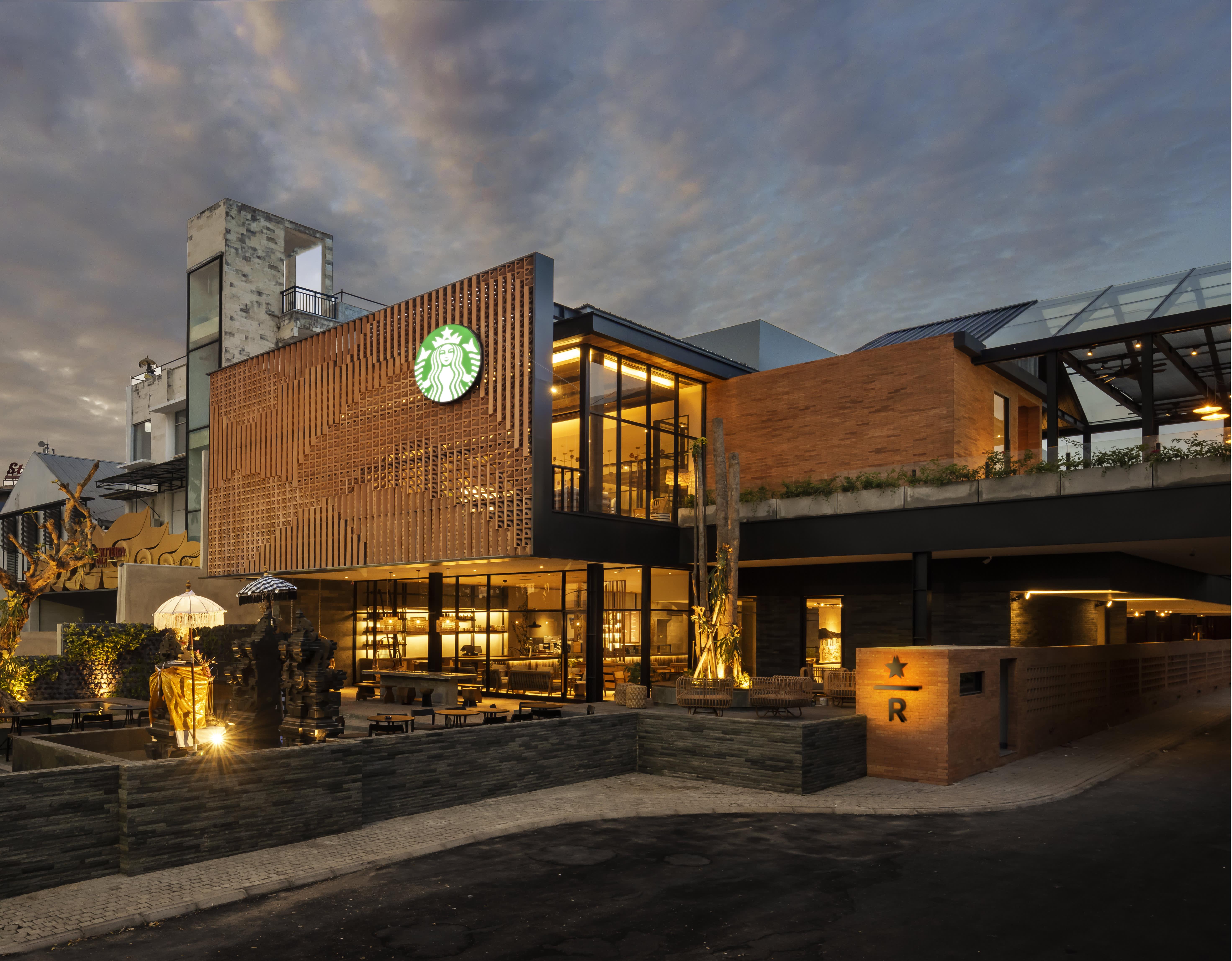 Starbucks Reserve Dewata in Bali, Indonesia has coffee ...