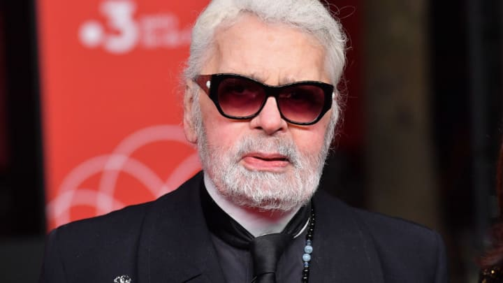 Karl Lagerfeld Chanel Creative Director Dies At Age 85