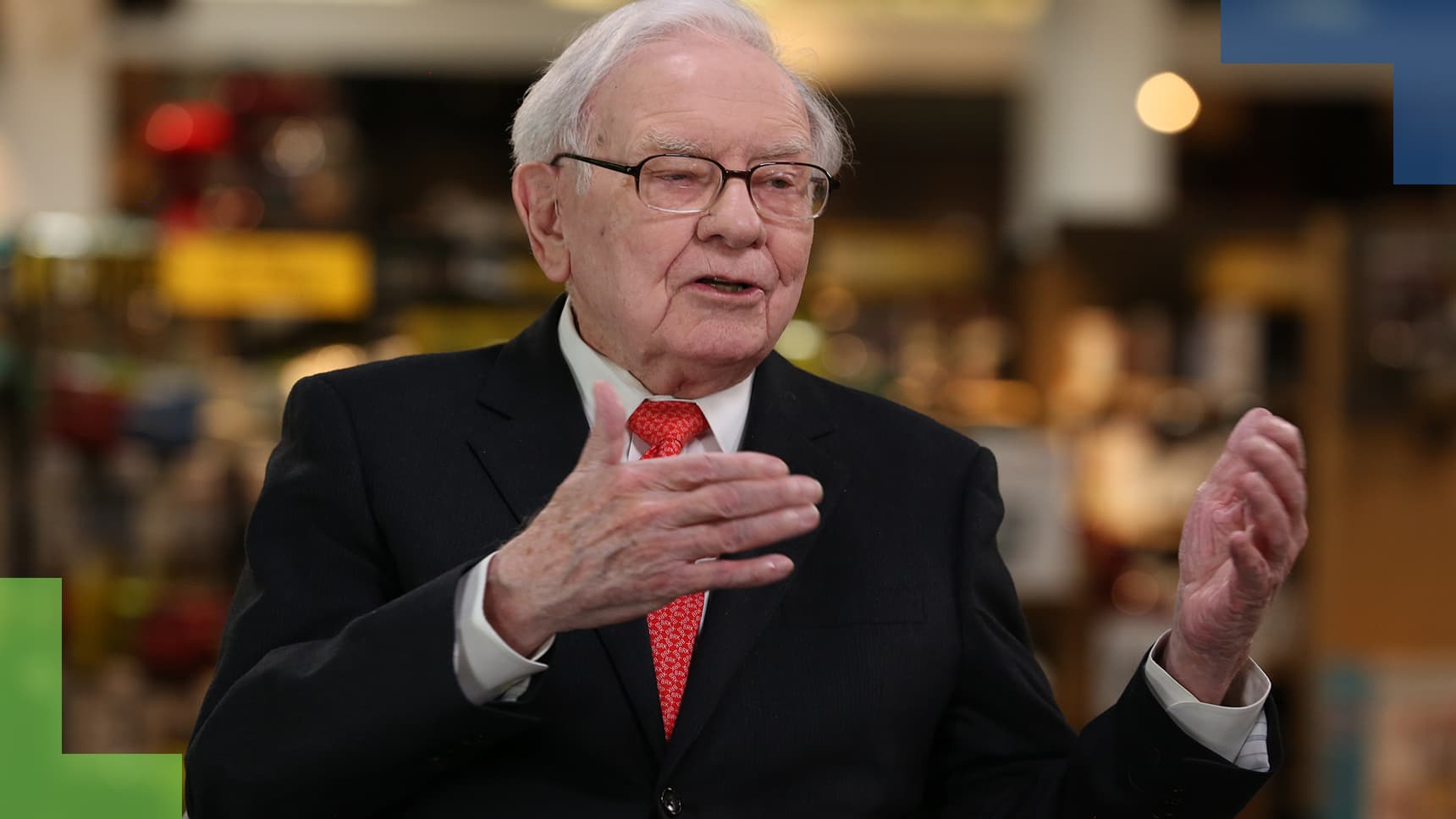 Buffett says Berkshire is sticking with Apple and he was pleased with latest earnings report