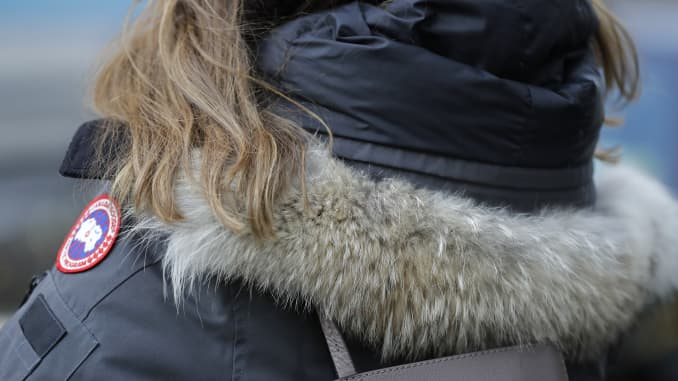 POLL: Should the use of wild animal fur in the manufacture of clothing be banned?
