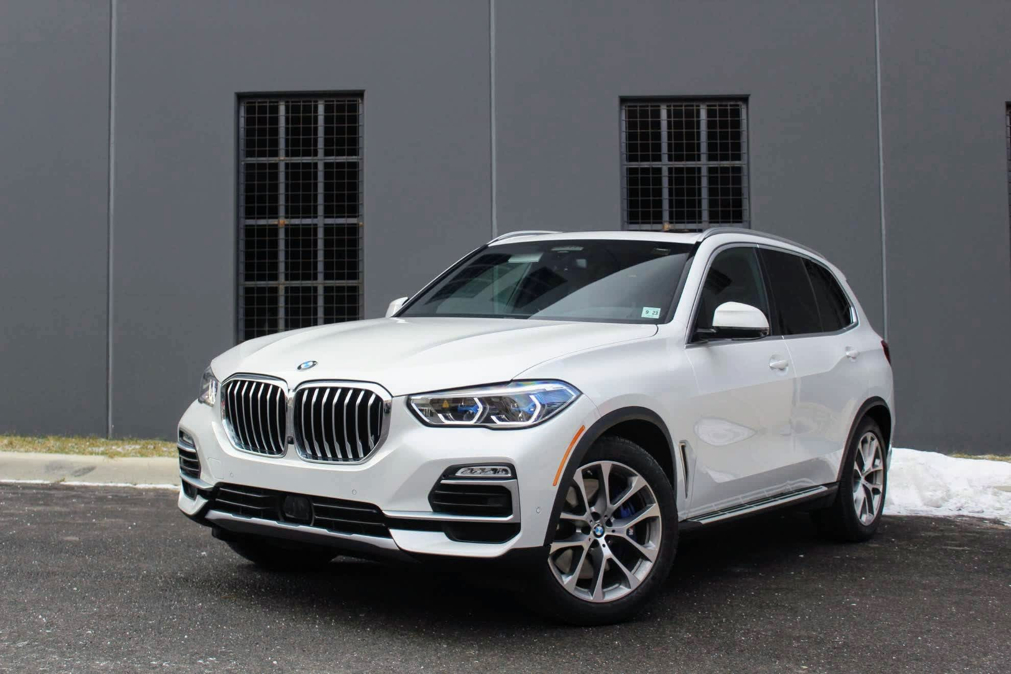 Bmw X5 Third Row >> Review Bmw Packs X5 Suv With High Tech Options And Signature Engine