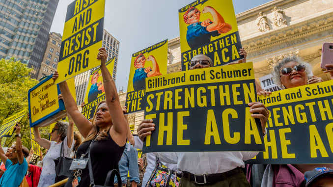 GP: Activists marched to the offices of Senators Schumer and...