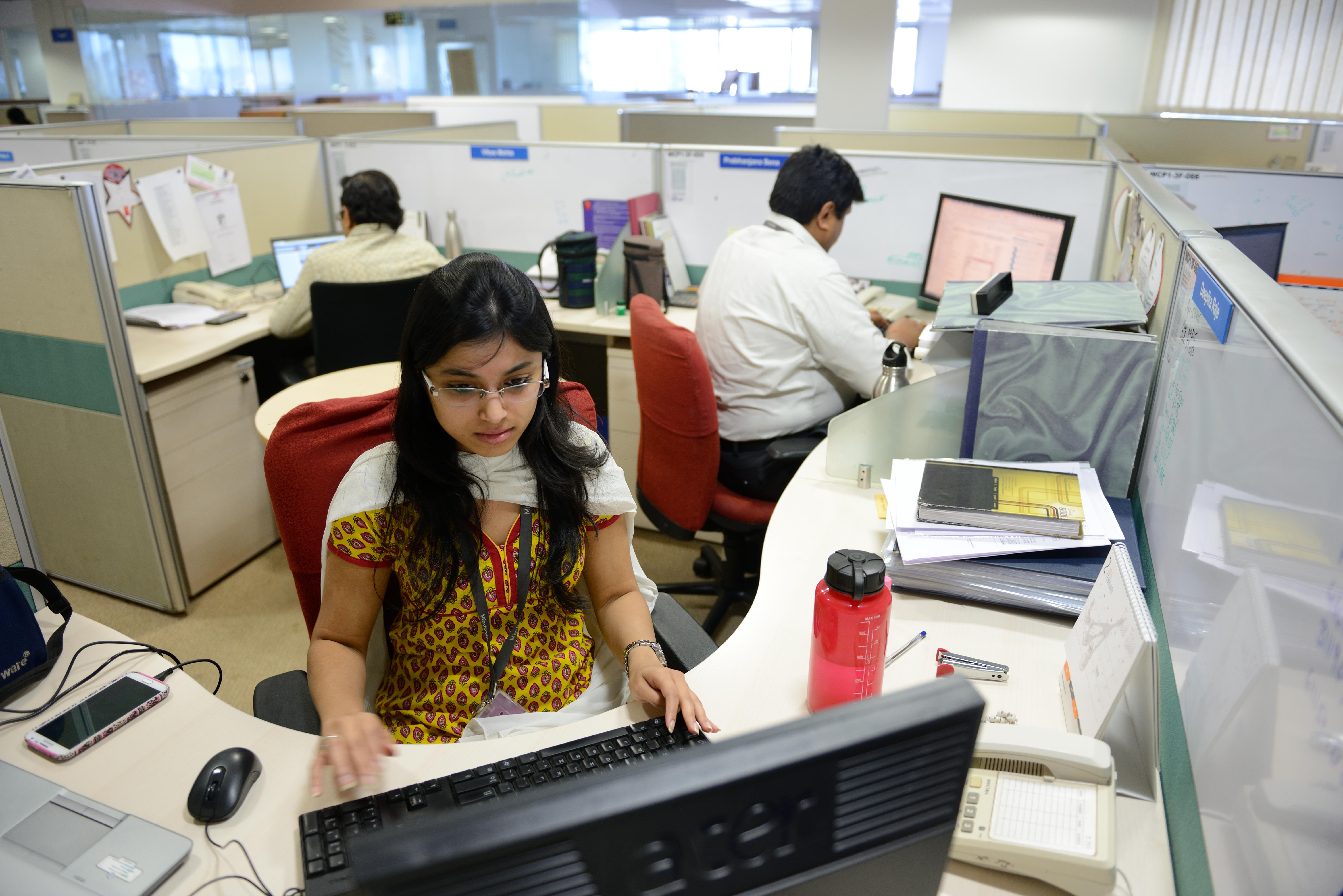 Already under massive stress from the virus, more Indian workers turn to 'gig economy' livelihoods