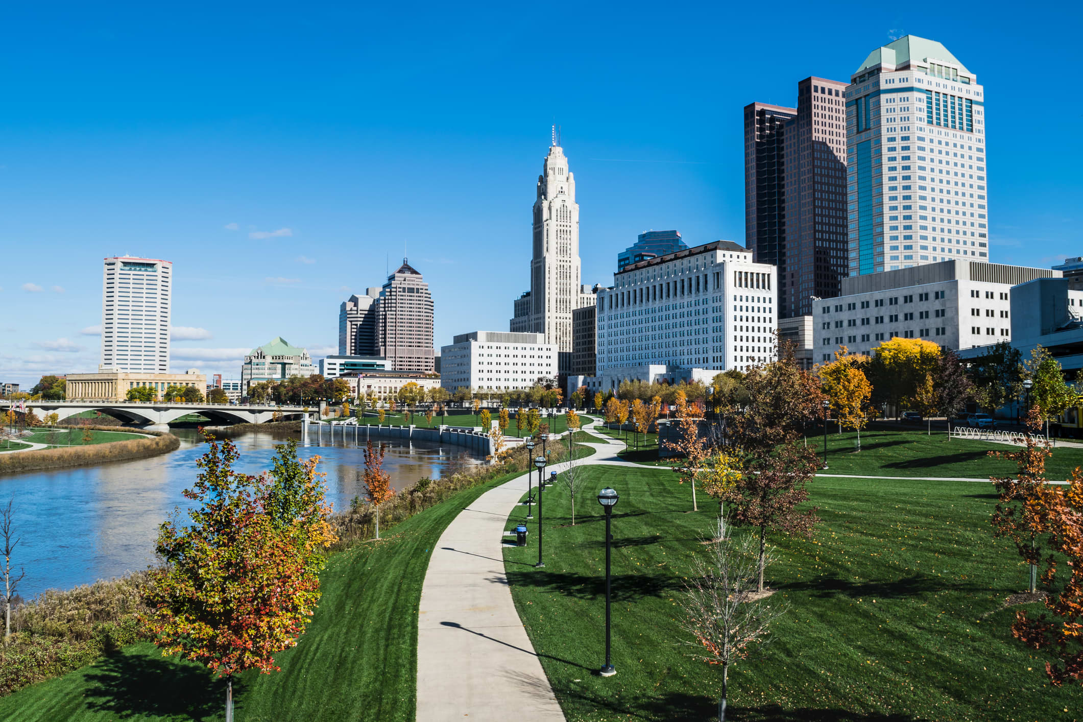 GP: Columbus, Ohio skyline and the Scioto River
