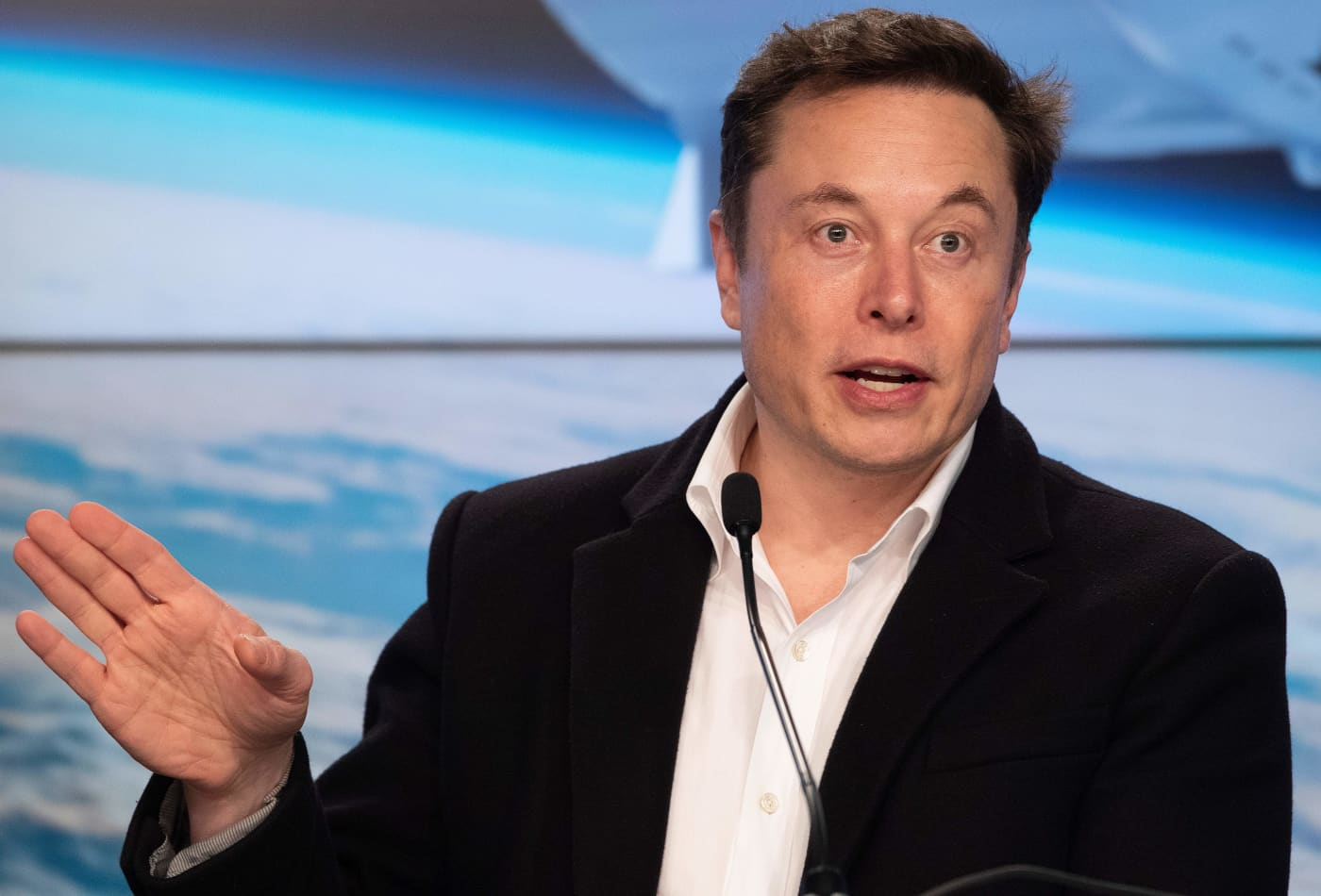 Elon Musk blasts SpaceX competitor ULA as 'a complete waste of taxpayer money'