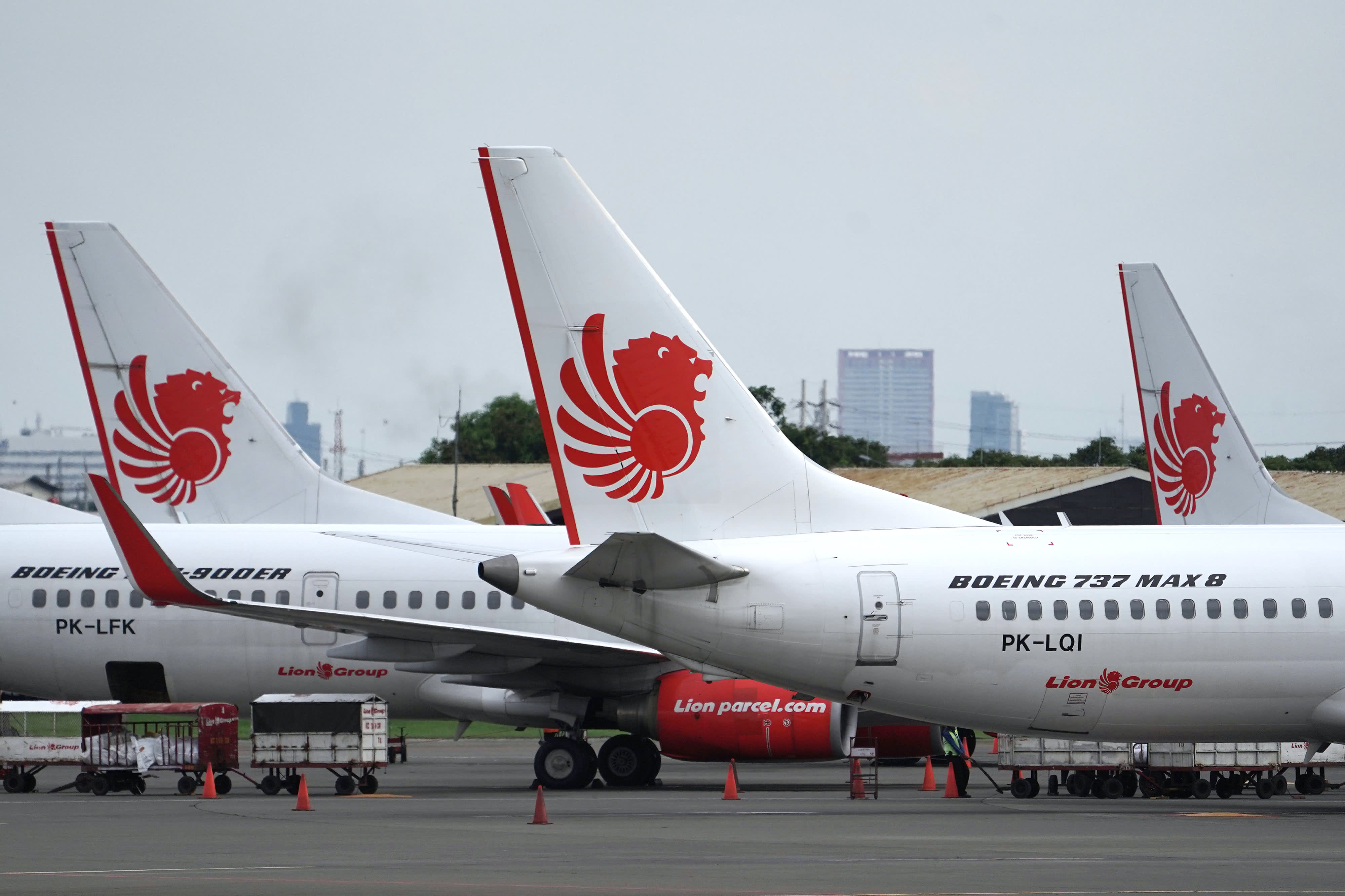 A day before it crashed, Lion Air's Boeing plane was reportedly saved by an off-duty pilot