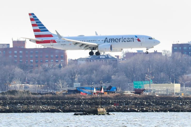 RT: Boeing 737 Max 8 American Airlines 190312