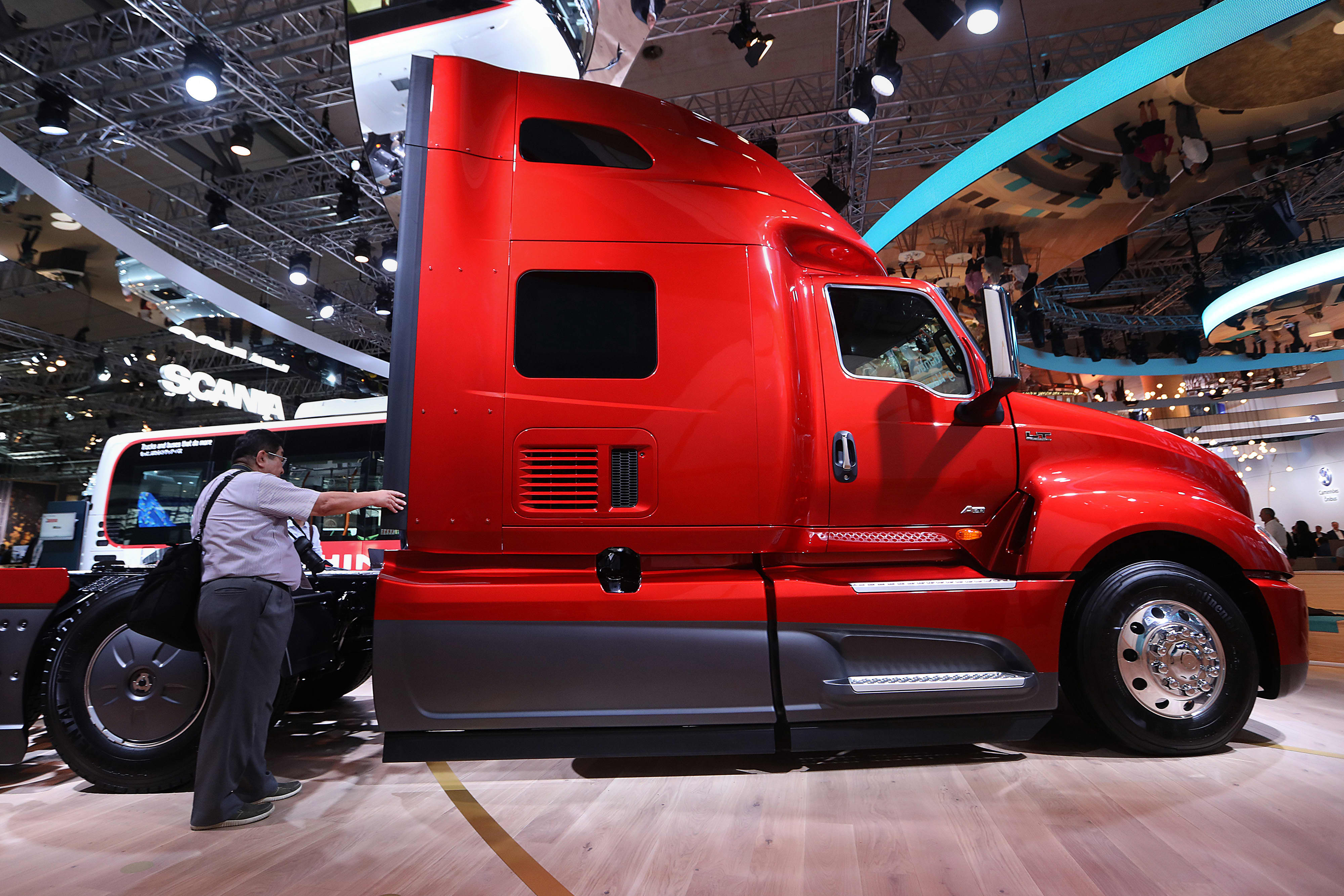 VW truck unit Traton dips below opening price on stock market debut